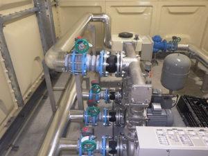 受水槽ポンプ室廻り配管施工完了