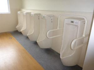 生徒用トイレ施工完了