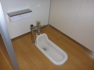 生徒用和式トイレ設置完了