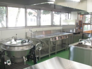 給食室厨房廻り配管施工完了