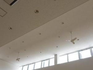 図書館内シーリングファン設置完了